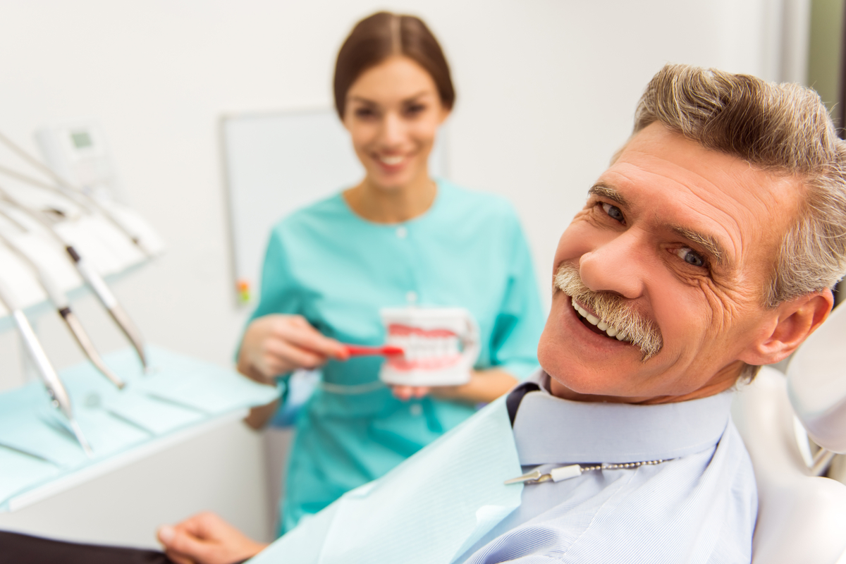 Adjusting to Dentures Guidelines for New Denture Wearers | Samuels Dental Arts PC