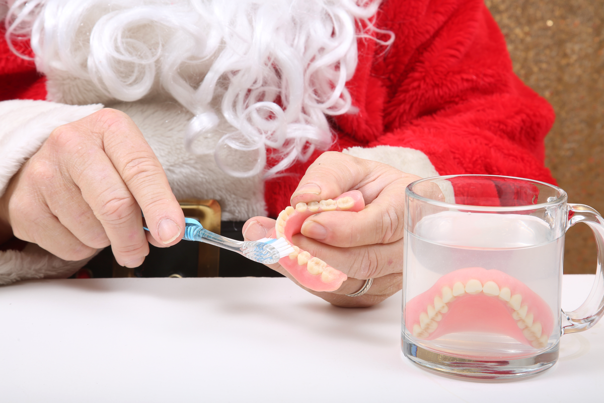 Important Questions to Ask About Dentures | Samuels Dental Arts