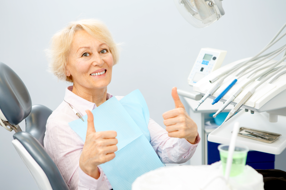 What to Expect When You Get Fit for Dentures